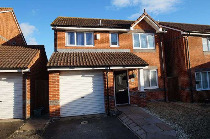 4 Bedrooms Property for sale in Wilde Close, Burnham-On-Sea