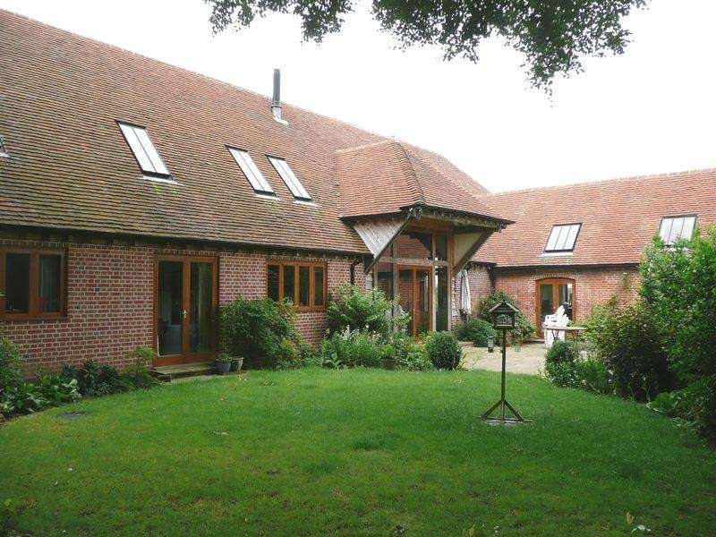 2 Bedrooms Barn Conversion Character Property for rent in Bentworth, Nr Alton / Farnham, Hampshire