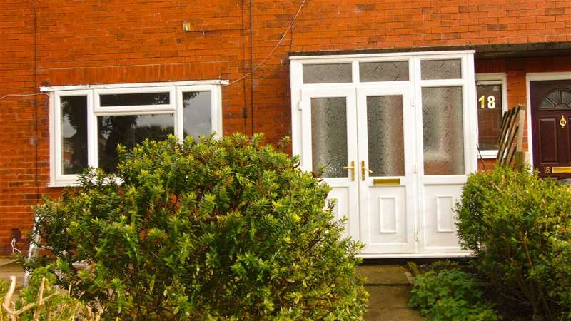 3 Bedrooms End Of Terrace House for rent in Dorchester Avenue, Bolton