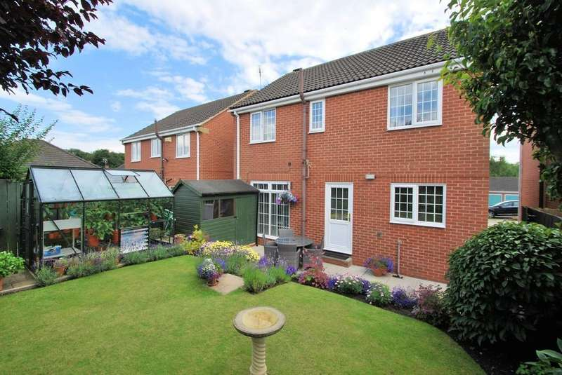 4 Bedrooms Detached House for sale in Huskar Close, Silkstone, Barnsley