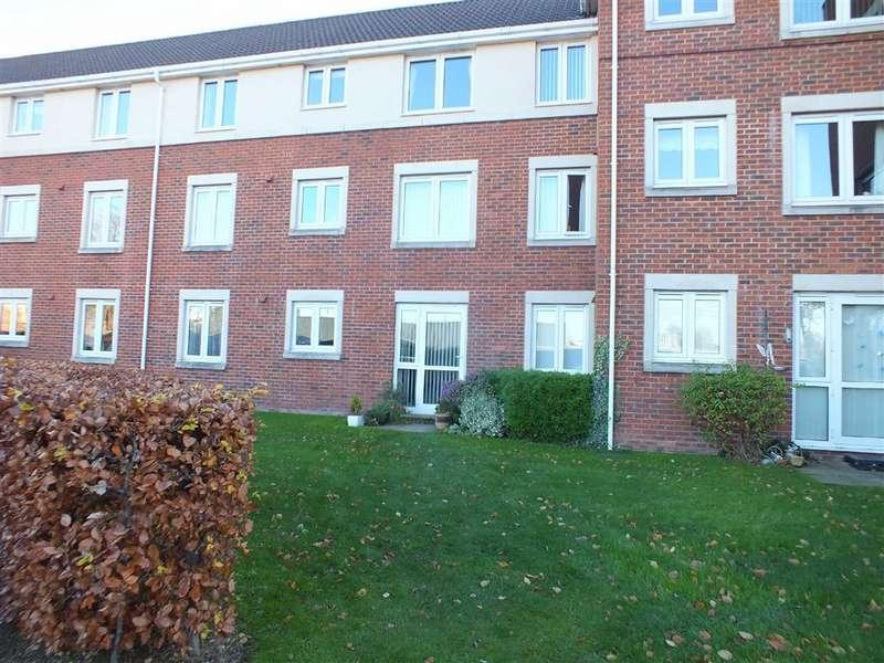 1 Bedroom Retirement Property for sale in Regal Court, Trowbridge, Wiltshire, BA14
