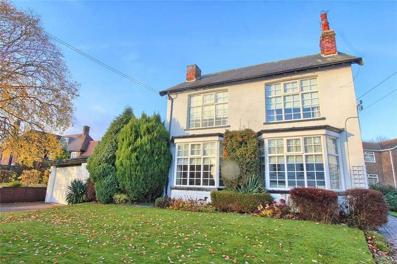 3 Bedrooms Detached House for sale in Wynyard Road, Wolviston