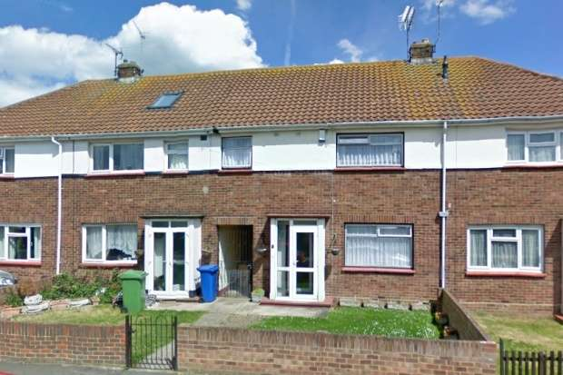 4 Bedrooms Terraced House for sale in Bramston Road, Sheerness, Kent, ME12 3PW