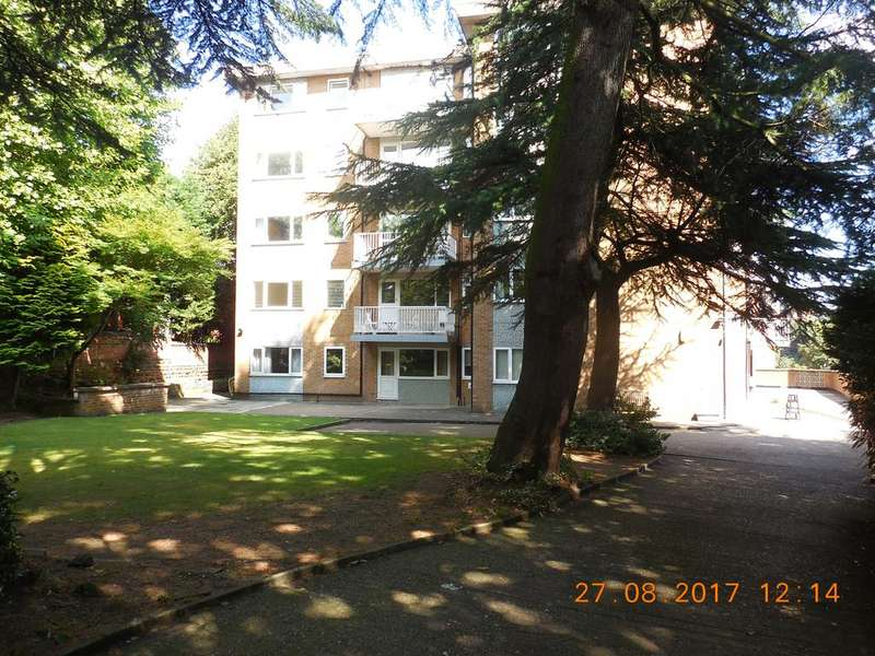 2 Bedrooms Flat for rent in Tunnel Road, The Park, Nottingham NG7