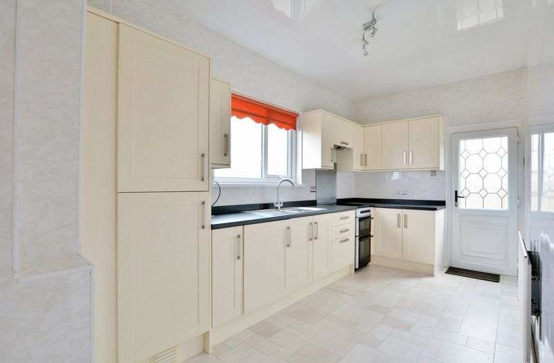 2 Bedrooms Property for sale in High Road, Whitehaven