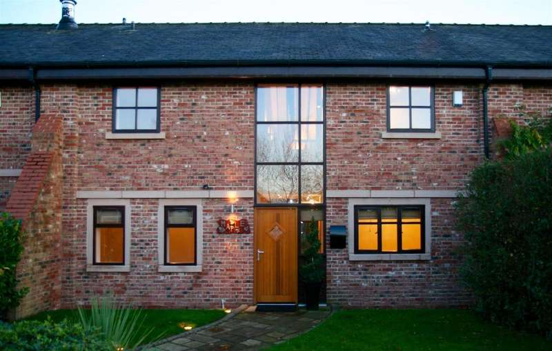 4 Bedrooms Barn Conversion Character Property for rent in Belleair Farm, Off Kingsley Road, Frodsham