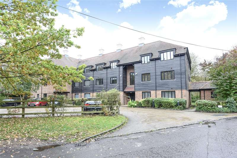 2 Bedrooms Apartment Flat for sale in Willow Court, Springwell Lane, Rickmansworth, Hertfordshire, WD3