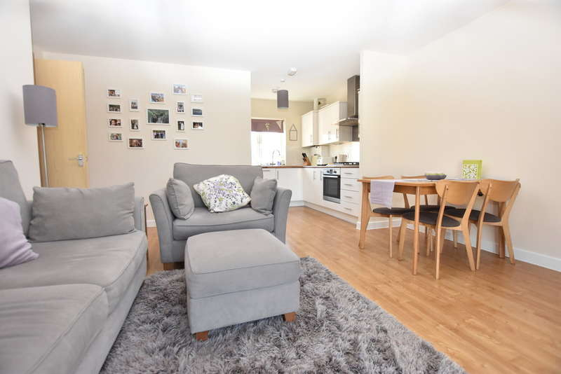 2 Bedrooms Flat for sale in Pollock Court, Dodd Road, Garston