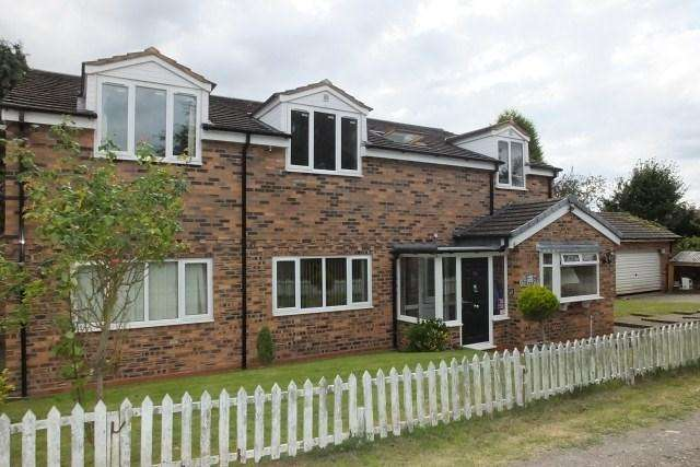 5 Bedrooms Detached House for sale in Kingsbury Road,Curdworth, Sutton Coldfield