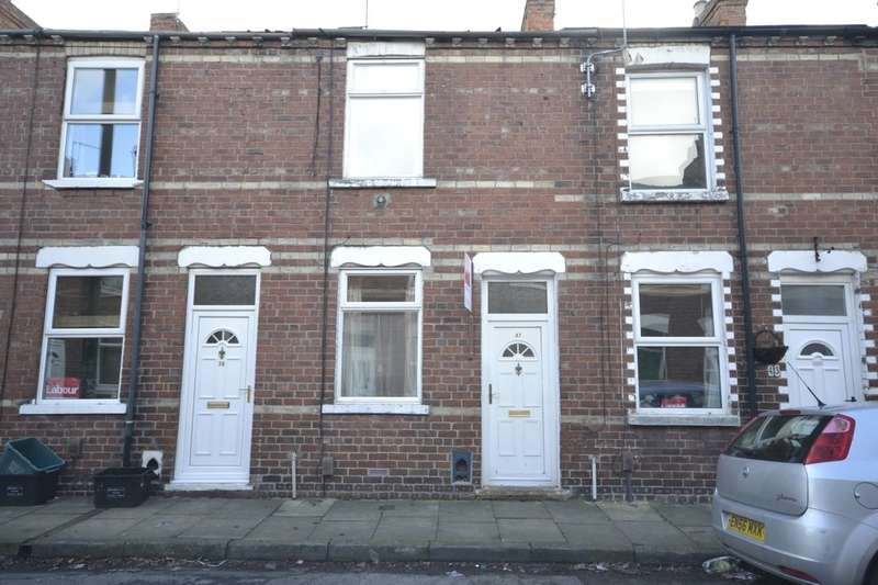 2 Bedrooms Terraced House for sale in Carnot Street, York, YO26