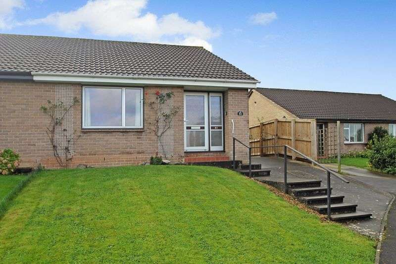 2 Bedrooms Property for sale in Lethbridge Road, Wells