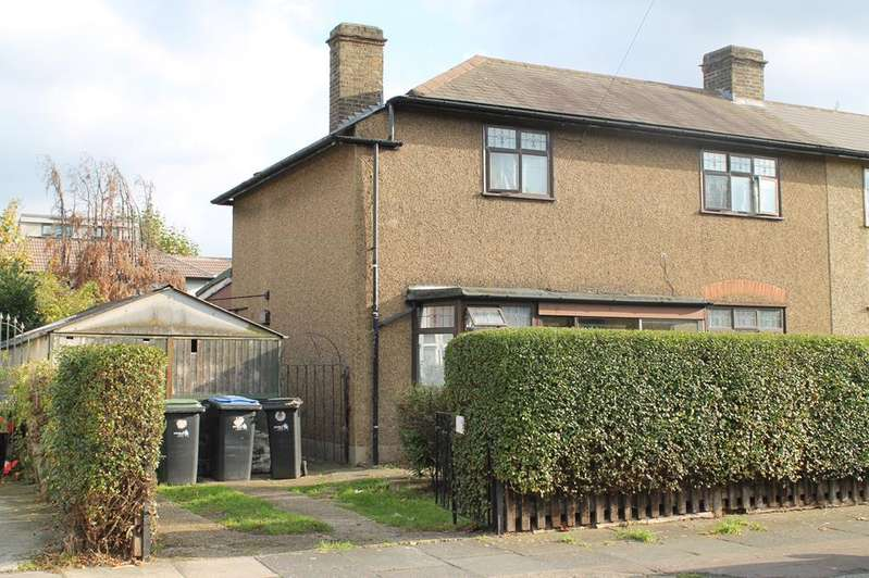 3 Bedrooms Semi Detached House for sale in Aberdare Road, Enfield, London, EN3