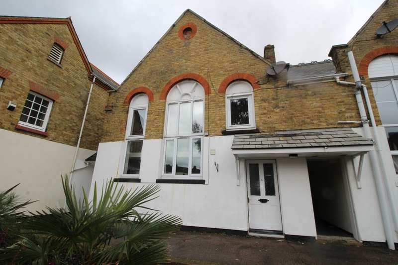 1 Bedroom Flat for rent in Alexandra Road, Sheerness, ME12