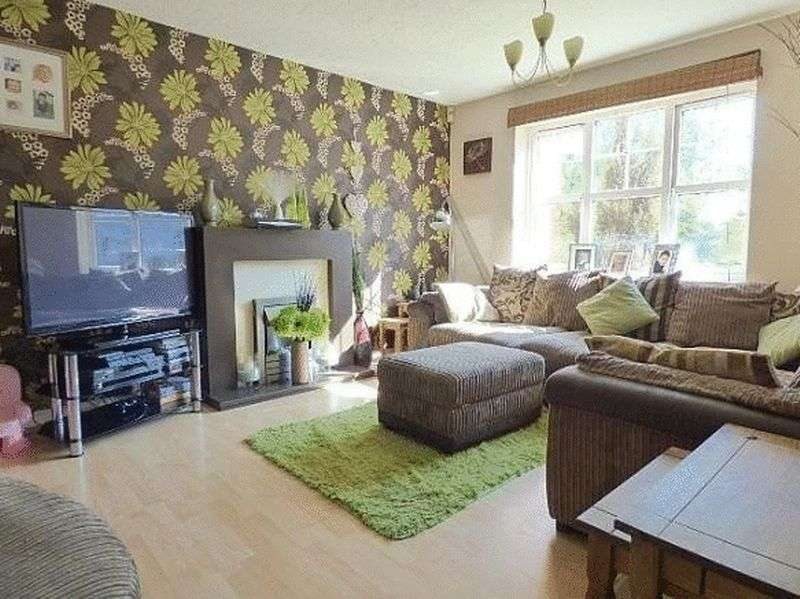 Property for sale in Long Nuke Road, 4 Bedroom spacious modern family home for sale.