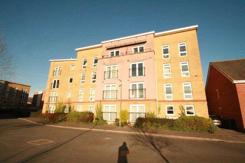 2 Bedrooms Flat for sale in Little Hackets, Havant
