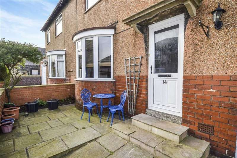 3 Bedrooms Semi Detached House for sale in Aydon Crescent, Alnwick, Northumberland