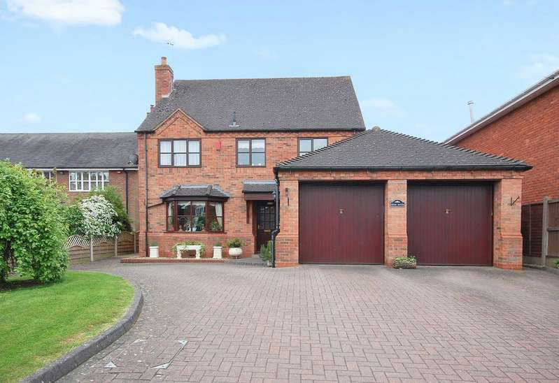 4 Bedrooms Detached House for sale in Whitehouse Lane, Codsall Wood, Wolverhampton WV8