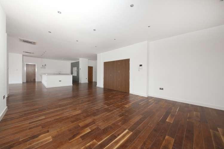 3 Bedrooms Flat for sale in Trafalgar Road London SE10