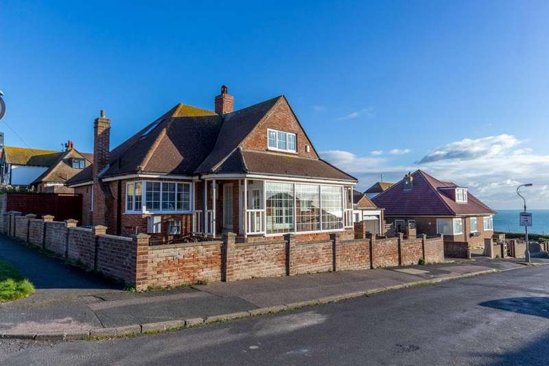 4 Bedrooms Chalet House for sale in Chailey Avenue, Rottingdean, Brighton BN2