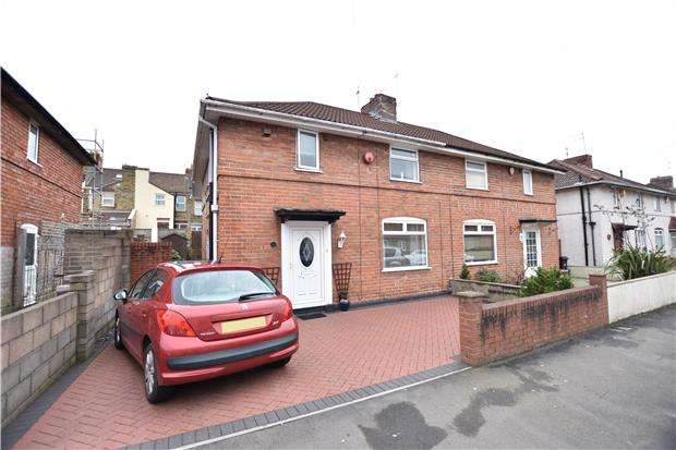 3 Bedrooms Semi Detached House for sale in Smyth Road, Ashton, Bristol, BS3 2BX