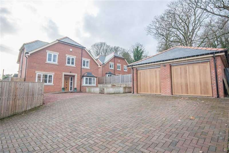 4 Bedrooms Detached House for sale in Wychwood Close, Marford, Wrexham, Marford