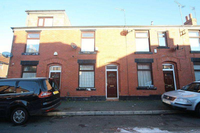 2 Bedrooms Terraced House for sale in Davyhulme Street, Rochdale OL12 9BW