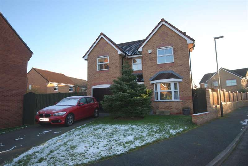 4 Bedrooms Detached House for sale in Lordy Close, Standish, Wigan
