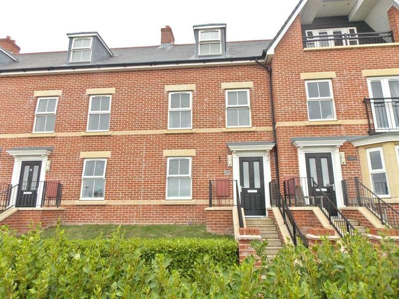 3 Bedrooms Terraced House for sale in Coastguard Walk, Felixstowe, IP11
