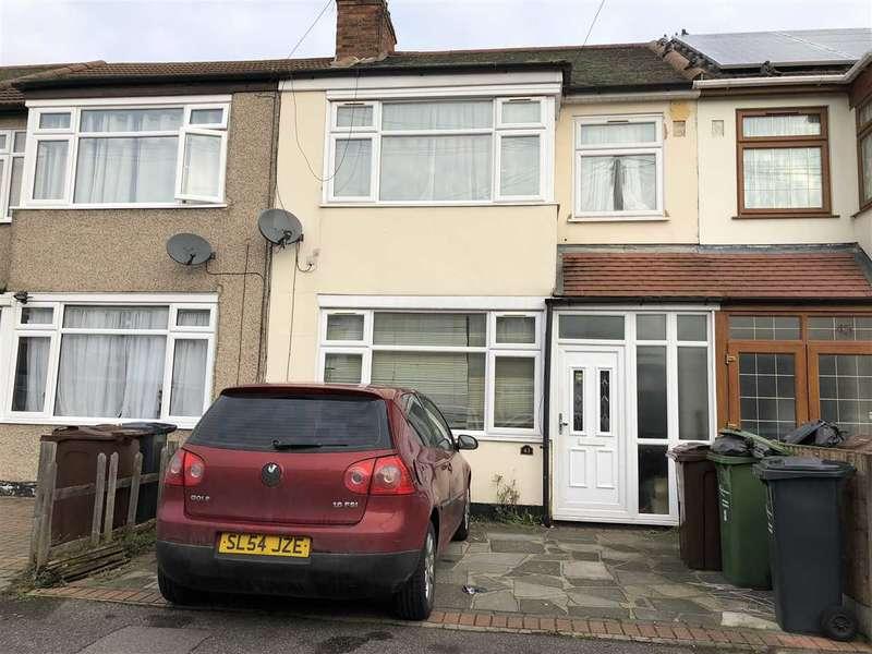 3 Bedrooms Terraced House for rent in Lamberhurst Road, Dagenham