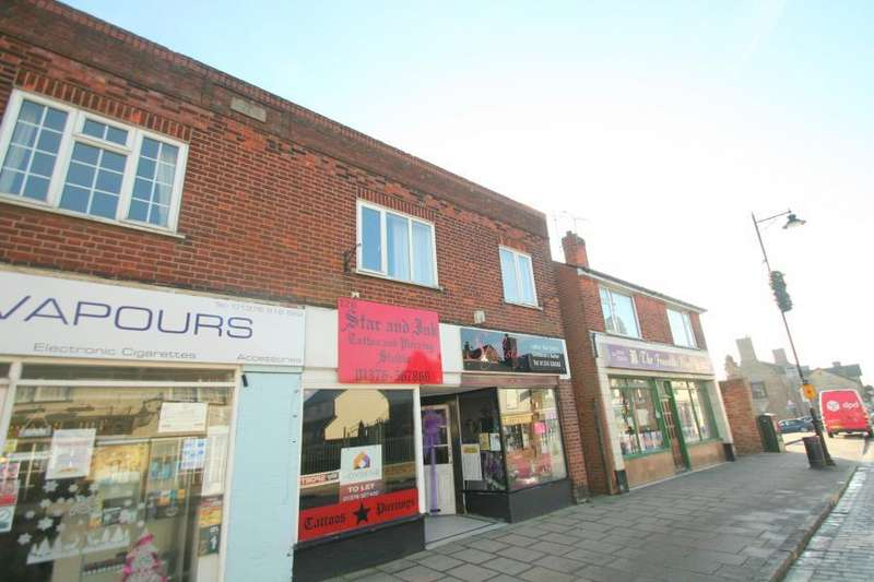 Flat for sale in High Street Braintree