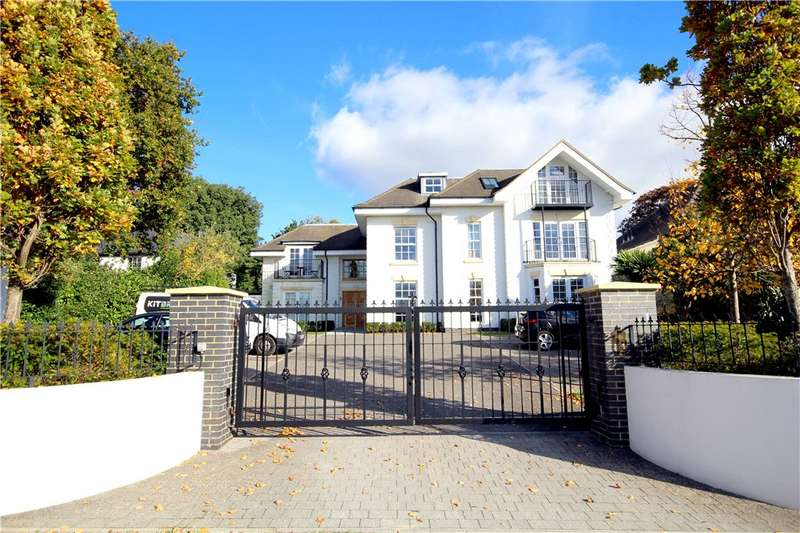 3 Bedrooms Flat for sale in Ardmore Road, Lower Parkstone, Poole, Dorset, BH14