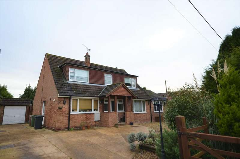 4 Bedrooms Detached House for sale in Ash Green Lane East, Ash Green