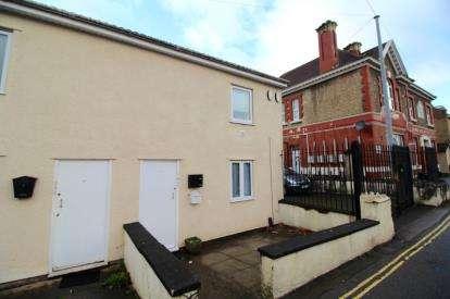 1 Bedroom Flat for sale in Pembroke Road, Shirehampton, Bristol