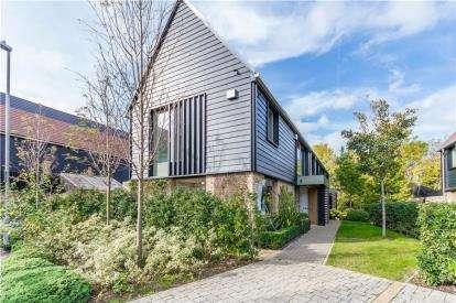 3 Bedrooms Semi Detached House for sale in Trumpington, Cambridge