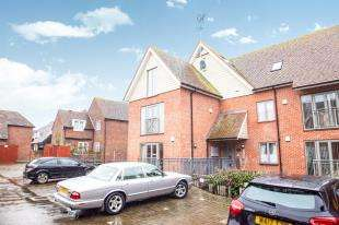 2 Bedrooms Flat for sale in Emperor Court, 10 Adelaide Place, Canterbury, Kent