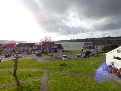 2 Bedrooms Flat for sale in Ffordd Glyder, Y Felinheli, Gwynedd, LL56
