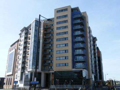 2 Bedrooms Flat for sale in The Bar, St James Gate, Newcastle Upon Tyne, Tyne and Wear, NE1