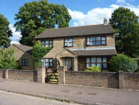 3 Bedrooms Detached House for rent in The Avenue, Brookville
