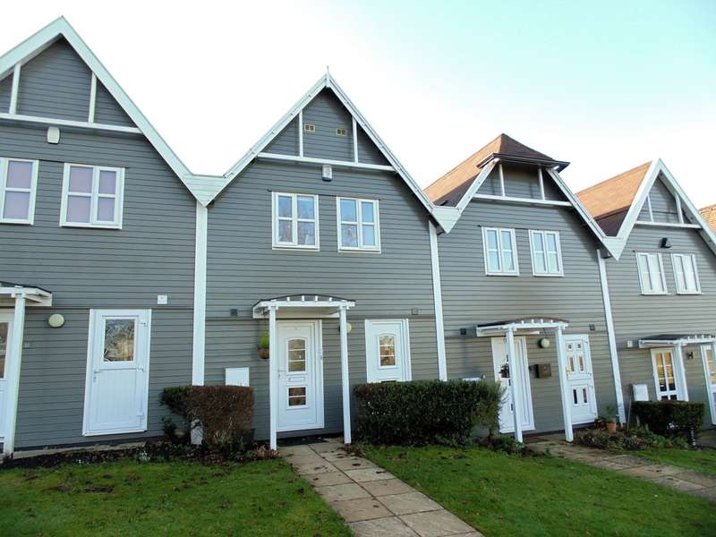 3 Bedrooms Terraced House for sale in The Roundal , Overstone Park