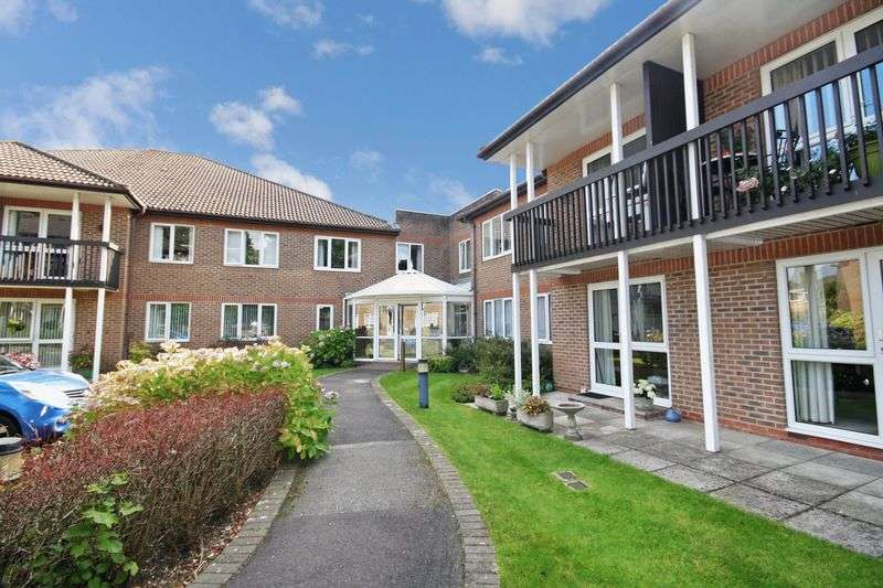 1 Bedroom Property for sale in St Marys Mews, Ferndown, BH22 8HF