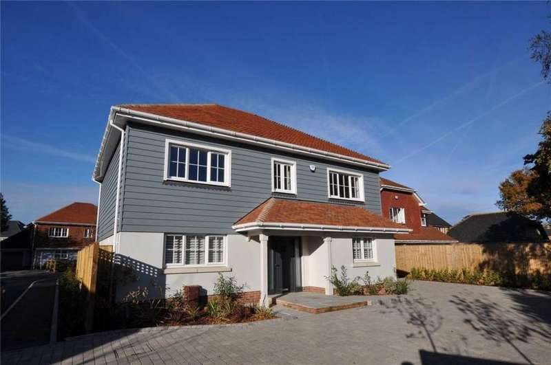 4 Bedrooms Detached House for sale in Oakdene Gardens, Off School Lane