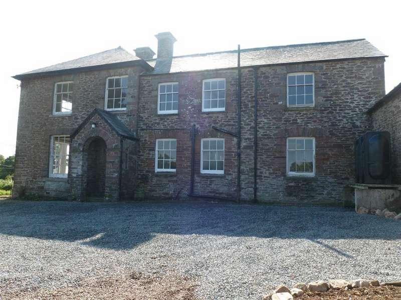 6 Bedrooms Detached House for rent in Werrington, Launceston, Cornwall, PL15