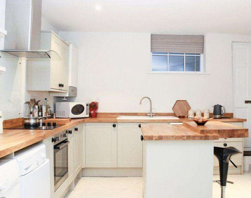 3 Bedrooms Semi Detached House for sale in Grove Street, Wantage