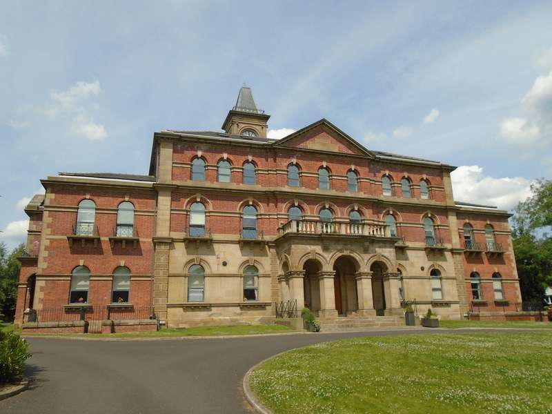 2 Bedrooms Apartment Flat for sale in Middlewood Lodge, Hillsborough, Sheffield S6