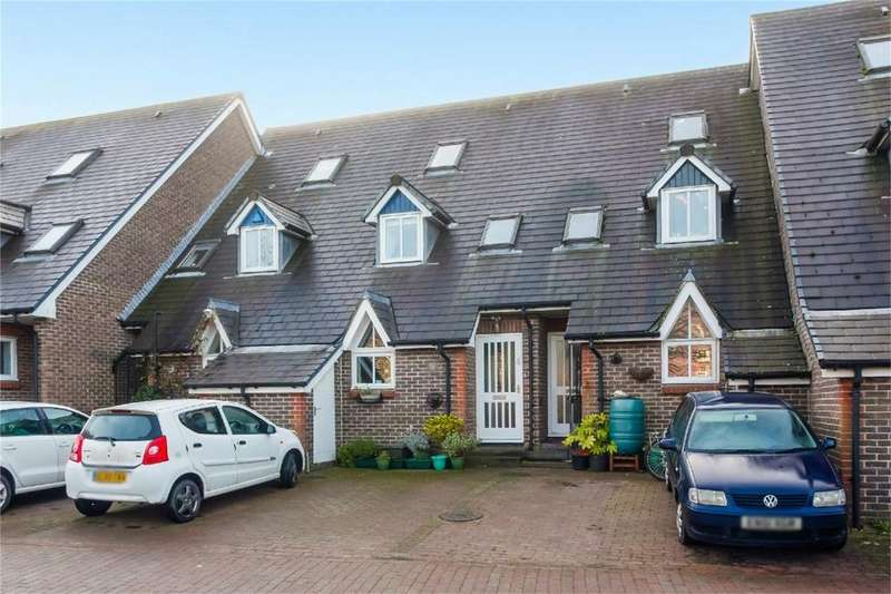 3 Bedrooms Terraced House for sale in Harveys Way, Lewes, East Sussex