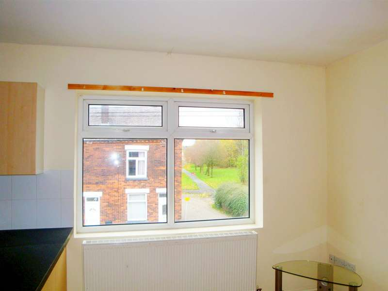 1 Bedroom Flat for rent in Castle Street, Tyldesley