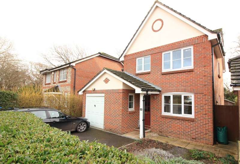 4 Bedrooms Detached House for rent in New Milton, Hampshire BH25