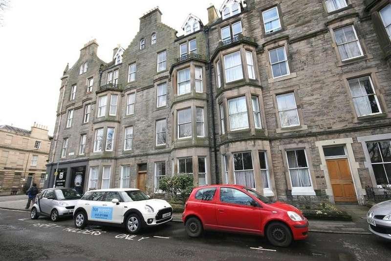 3 Bedrooms Flat for rent in Argyle Park Terrace, Edinburgh