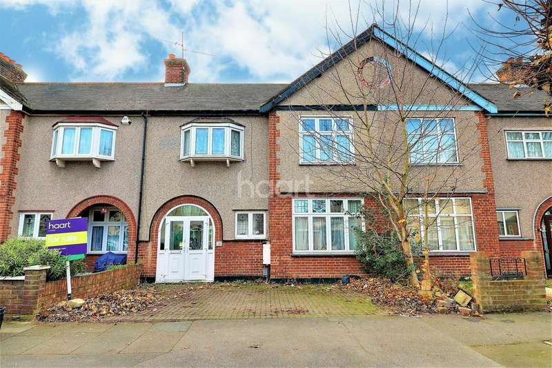 3 Bedrooms Terraced House for sale in Brancaster Road, Newbury Park, Ilford, Essex