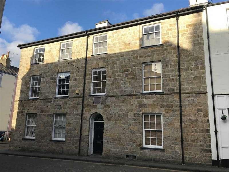 2 Bedrooms Apartment Flat for sale in Plas Bowman, Caernarfon, Gwynedd